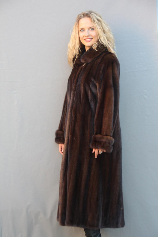 manteau femme fourrure vison r f 3059. Black Bedroom Furniture Sets. Home Design Ideas